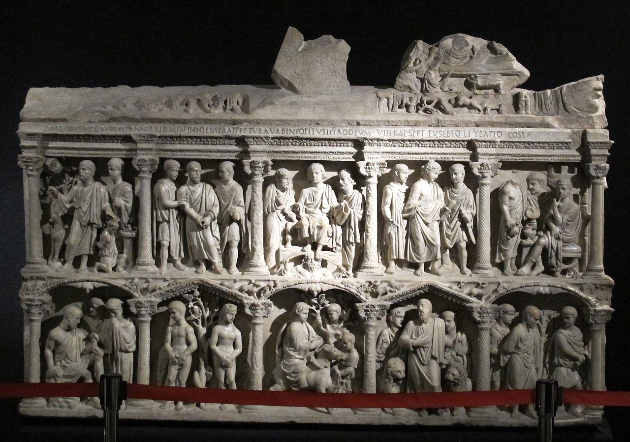 4 350-eTesoro_di_san_pietro,_sarcofago_di_giunio_basso.JPG