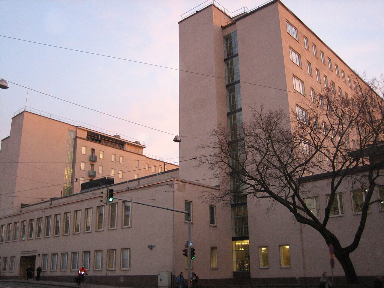 40Nursing_department_of_the_Helsinki_Polytechnic_represents_functionalism.jpg