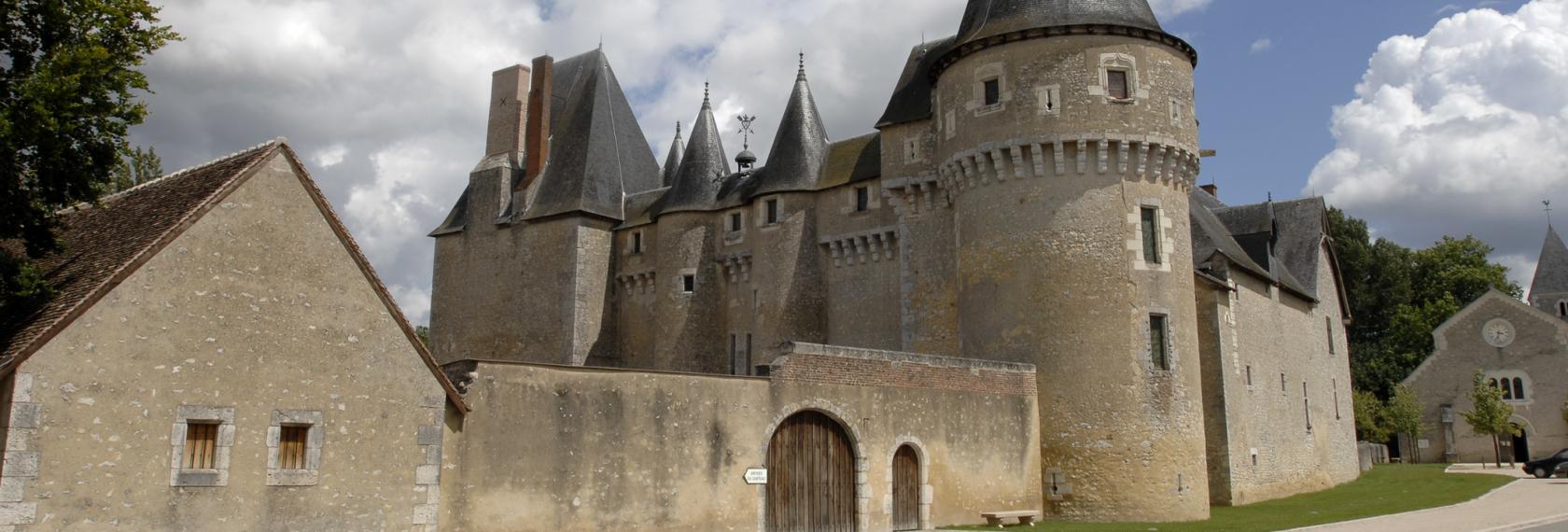 -41-chateau-fougeres-sur-bievre-c-cdt41-rsinradsvong-cmn-1488799097.jpg
