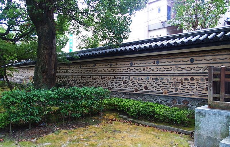 5.Сёфуку-дзи. Внутренняя сторона стены.jpg