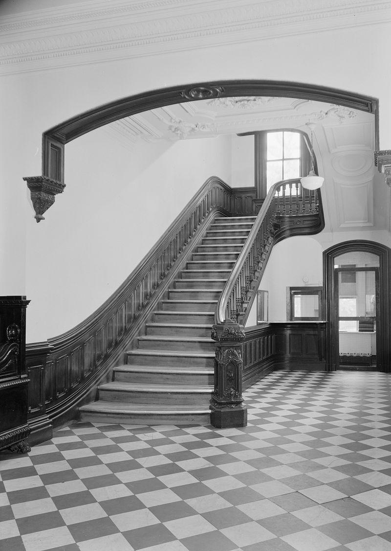 5._John_M._Davies_House,_Stairway,_Looking_North.jpg