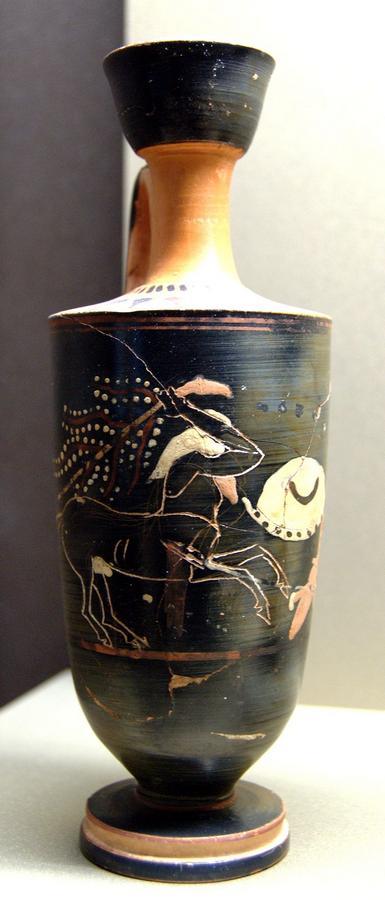 5Kaineus_Kentauros_Louvre_CA2494_n2.jpg