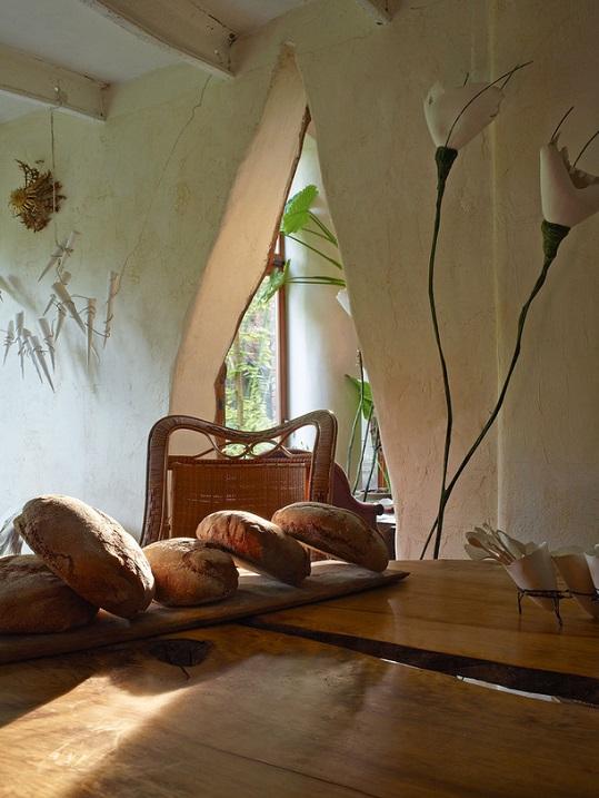 6-Красивый интерьер дома художницы из бельгийской провинции.jpg