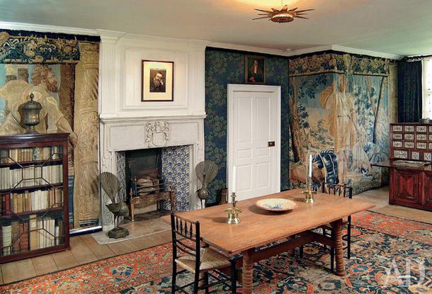 610x415_Quality97_650x443_Quality97_KM-Tapestry-Room_w.jpg