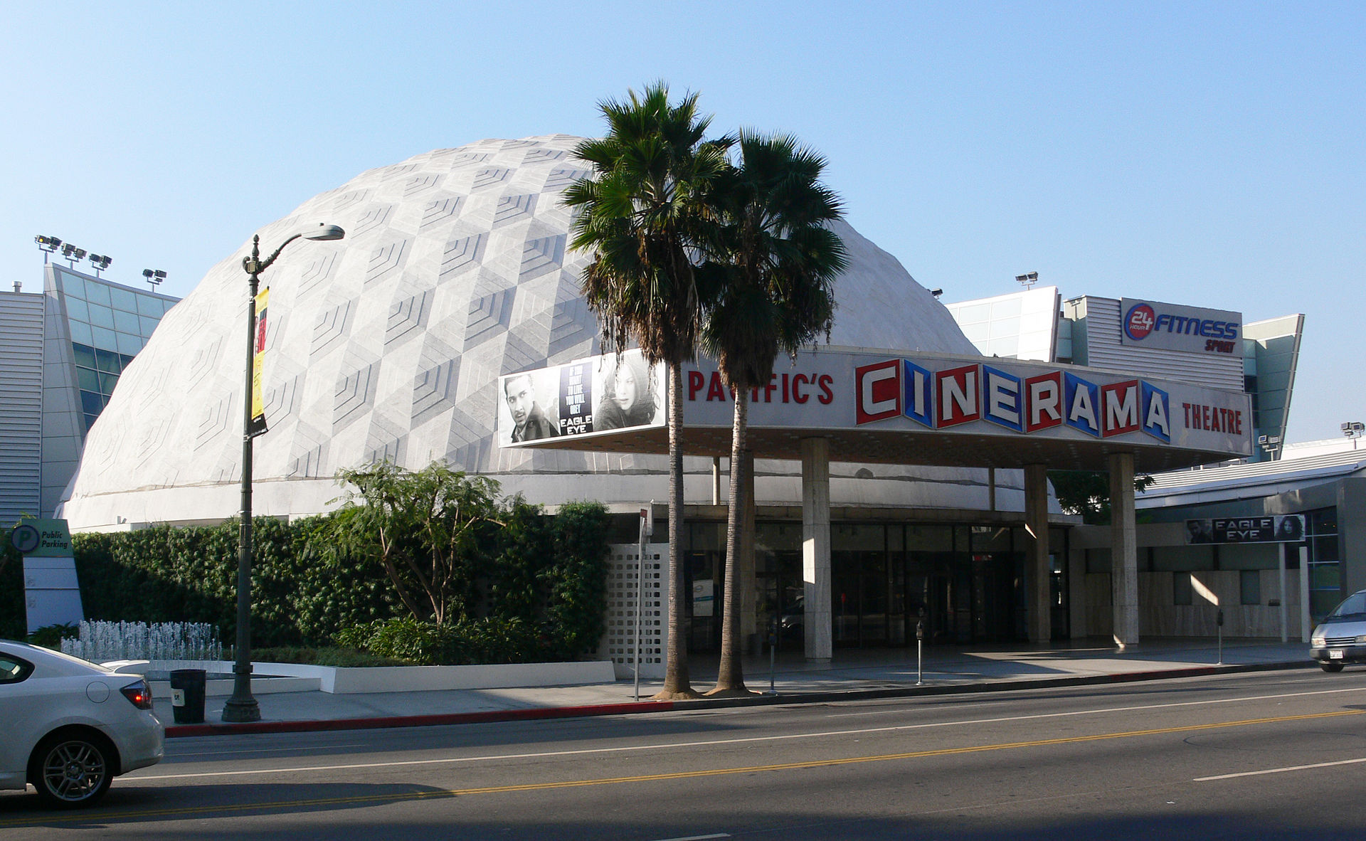63-Hollywood_Cinerama_Dome.jpg