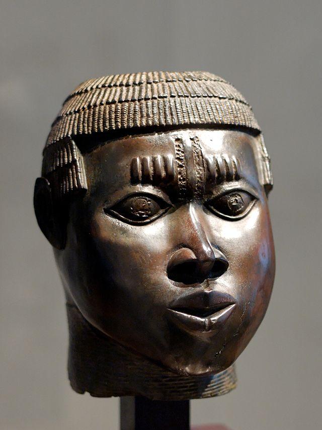 640px-Benin_bronze_Louvre_A97-14-1.jpg