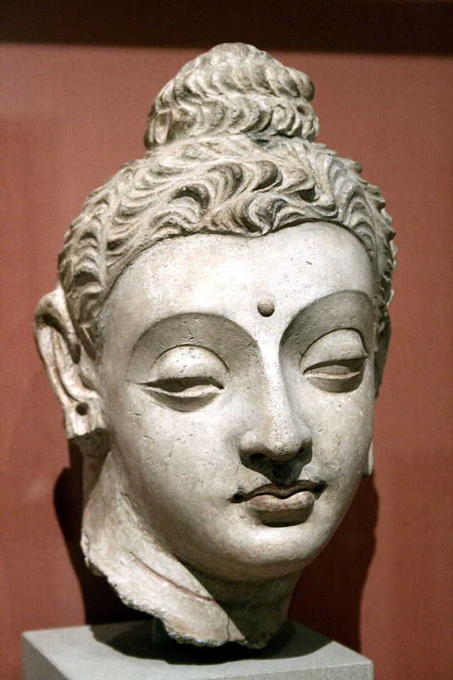 640px-Buddha_Victoria_&_Albert.jpg