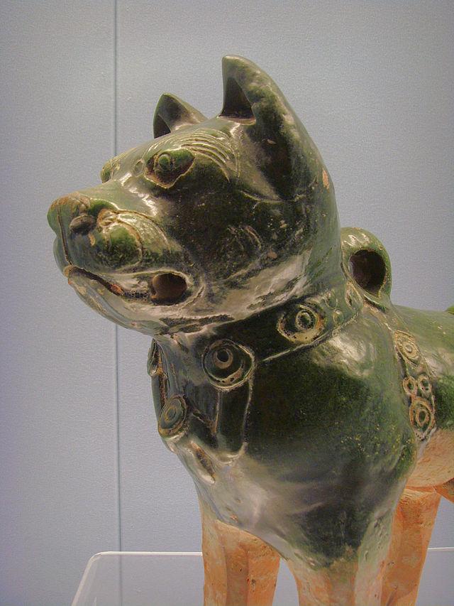 640px-Green_Glazed_Pottery_Dog.JPG