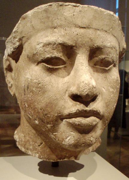 640px-PortraitStudyOfAmenhotepIII-ThutmoseWorkshop_EgyptianMuserlin.png