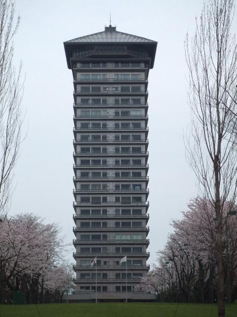 65 яп Hotel_Empire.jpg