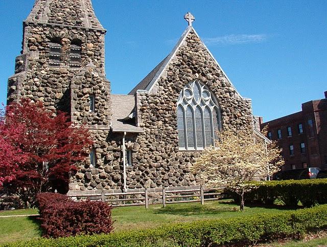 69 ричардсон Grace Episcopal Church (Medford, Massachusetts)Christ_Church_Wal.jpg