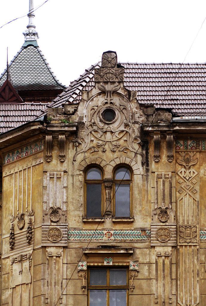 690px-20_Ruska_Street,_Lviv_(11) 1906.jpg