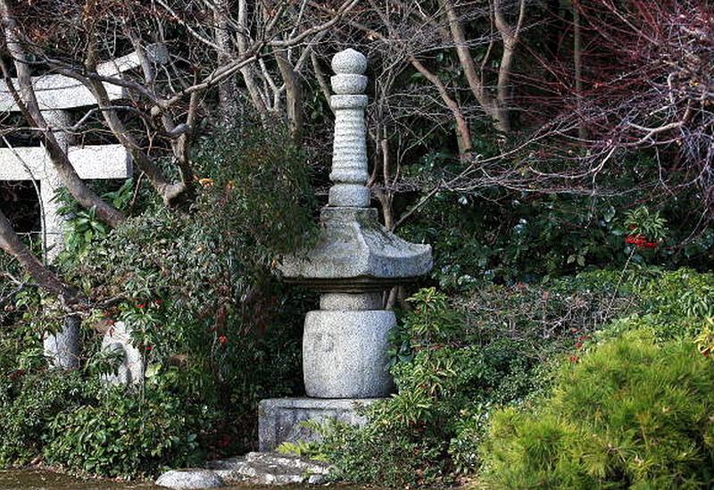 76.Окоти Дэндзиро. Пагода.jpg