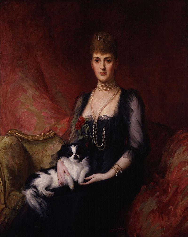 800px-Alexandra_of_Denmark_by_Sir_(Samuel)_Luke_Fildes.jpg