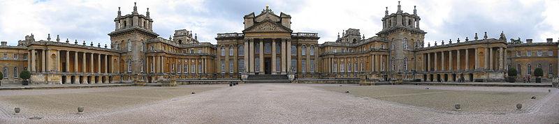 800px-Blenheim_Palace_panorama.jpg