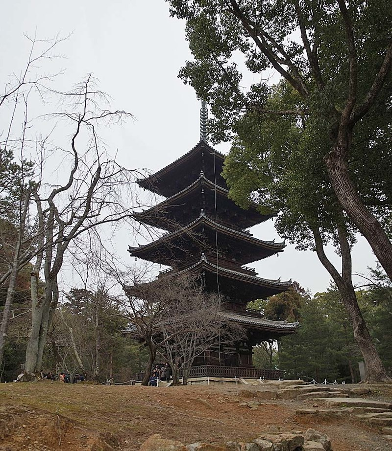 800px-Ninna-ji_,_仁和寺_-_panoramio_(12).jpg