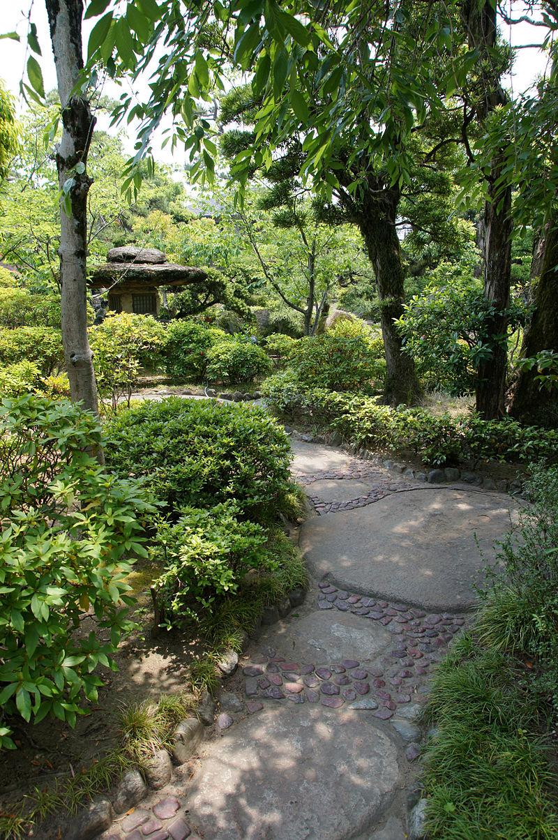 800px-Rokusanen_Wakayama_Japan10s3.jpg