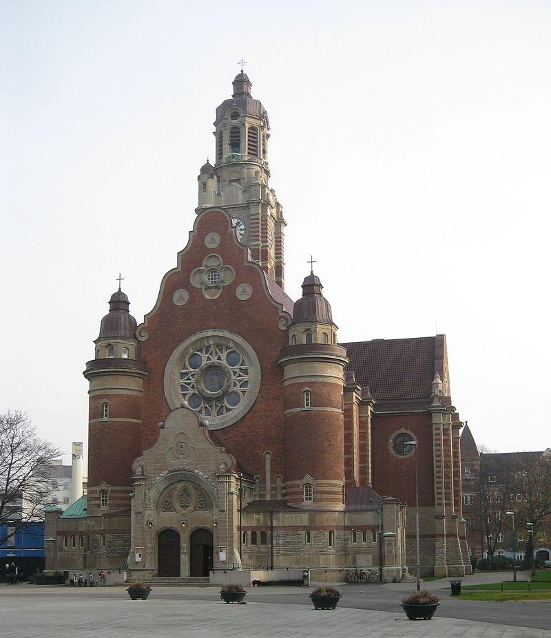 800px-Sankt_Johannes_kyrka,_Malmö_3.jpg