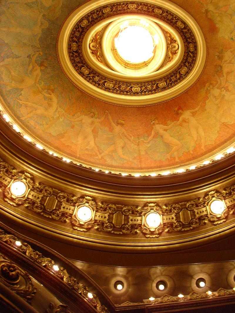 800px-Teatro_municipal.jpg