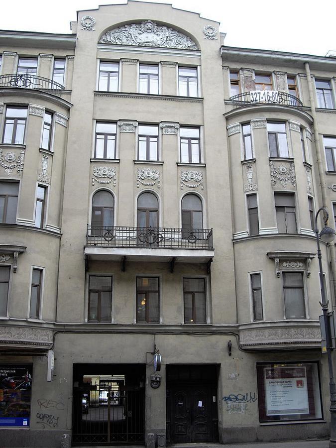 9-10-Kamennoostrovsky20.jpg