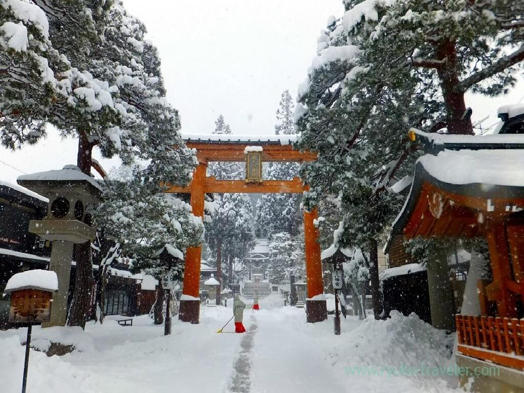 9051-svyatilishche-sakurayama-hatiman-gu-7729.jpg