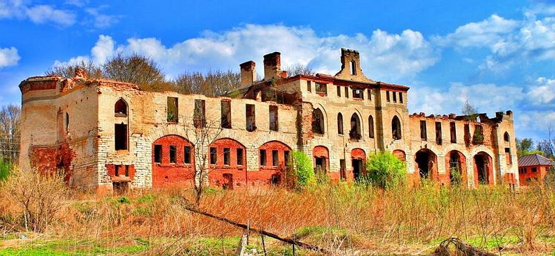 91.Муромцево, руины конюшен.jpg