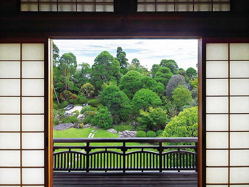 94.Тояма Гэнъити.Вид с балкона.jpg