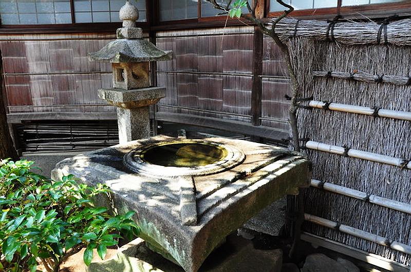 96.Тояма Гэнъити.Тёдзубати для любования луной 2.jpg