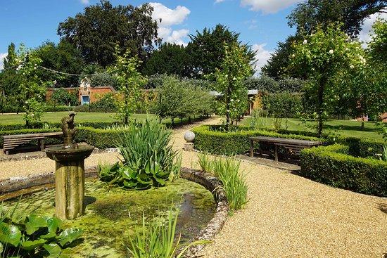 a-beautiful-quiet-garden.jpg