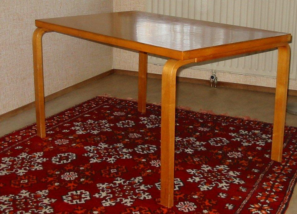 Aalto_table.JPG