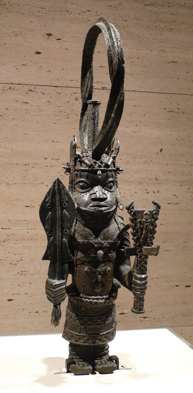 Africa_Benin_Standing_Oba_Kimbell.jpg