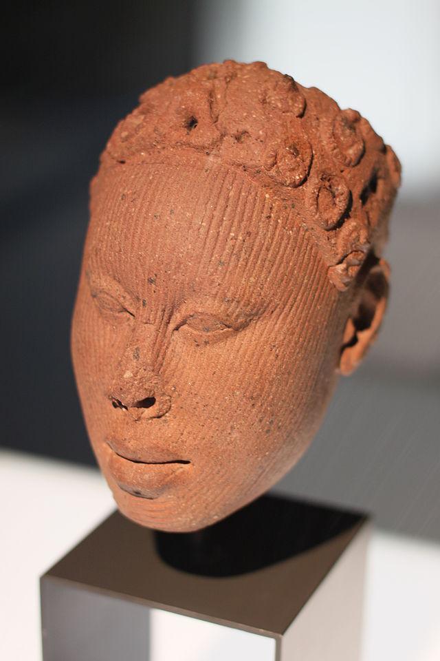 Afrikaabteilung_in_Ethnological_Museum_Berlin_02.JPG