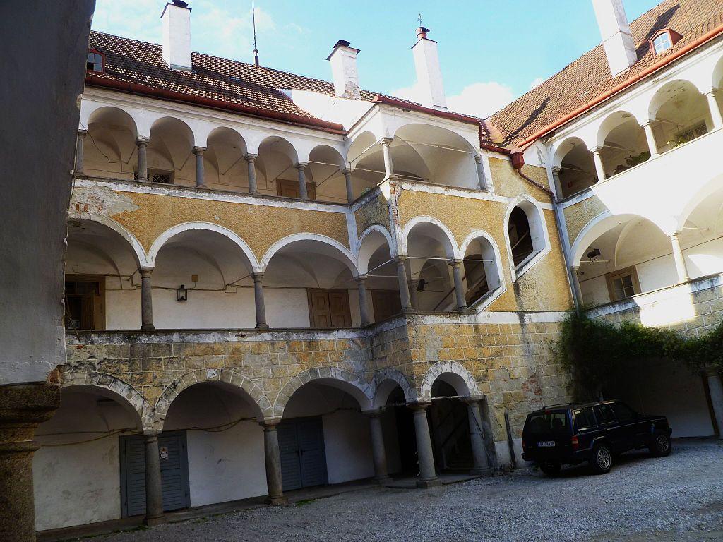 Aistersheim_(Wasserschloss-8).jpg