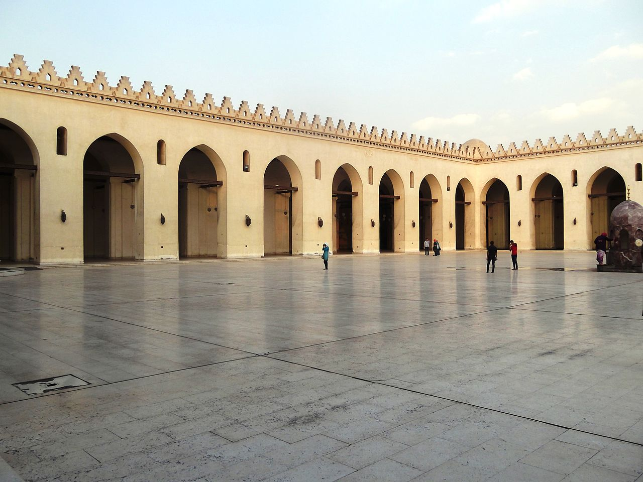 Al-Hakim_bi-Amr_Allah_Mosque_002.JPG