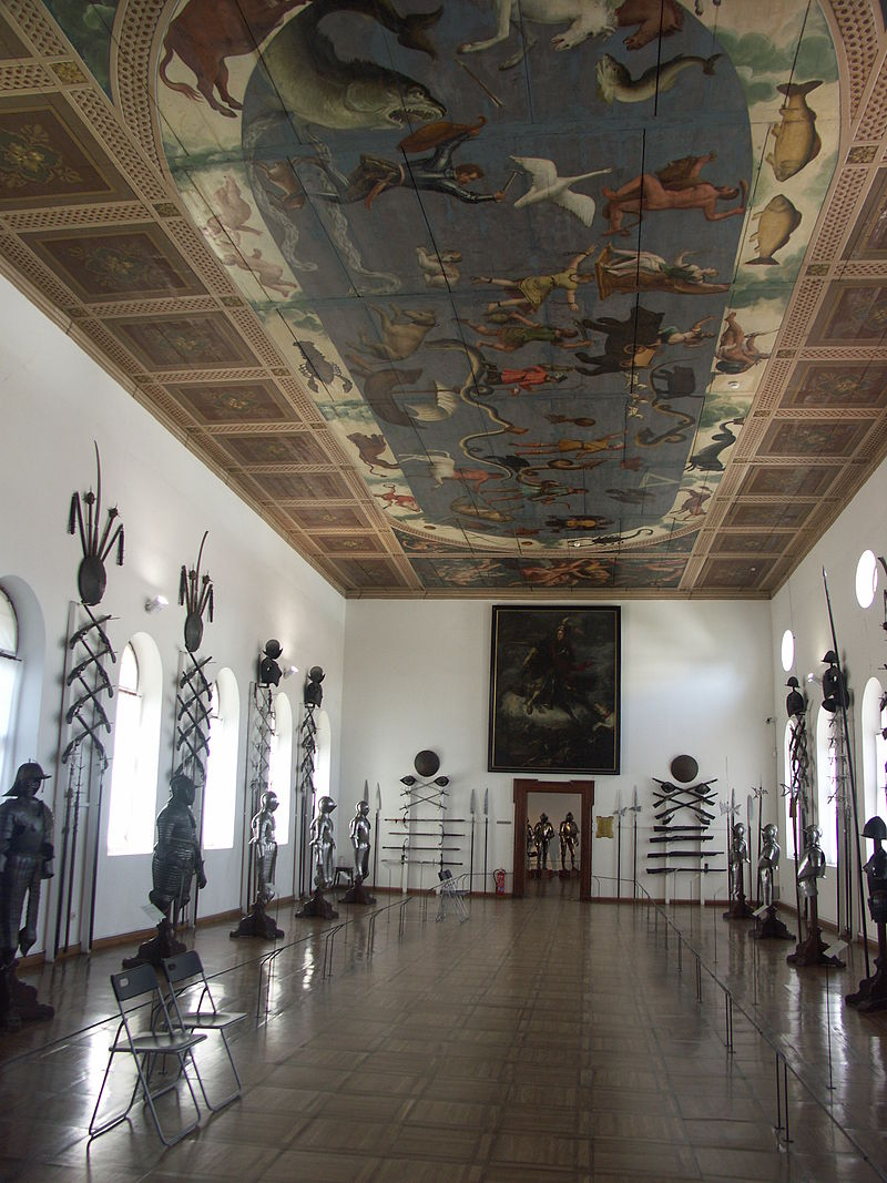 Ambras_Castle._Armour_collection_-_021.jpg