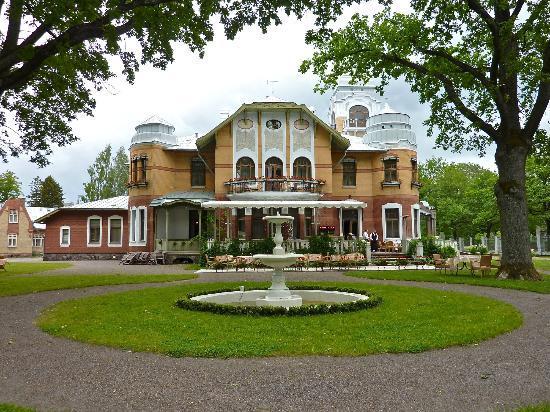 ammende-villa-restaurant.jpg
