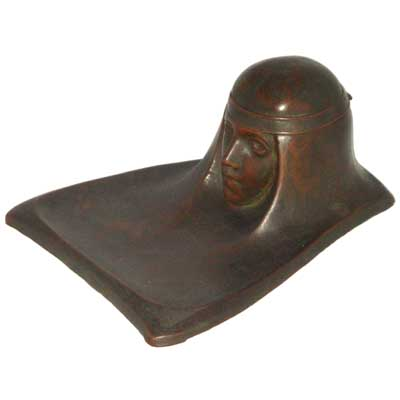 Art Nouveau bronze figural inkwell in the style of Gustave Gurschner (gm250).jpg