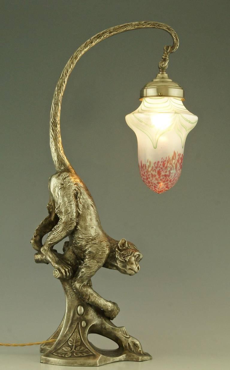 Art_Nouveau_Monkey_lamp_Loetz02_l.jpeg