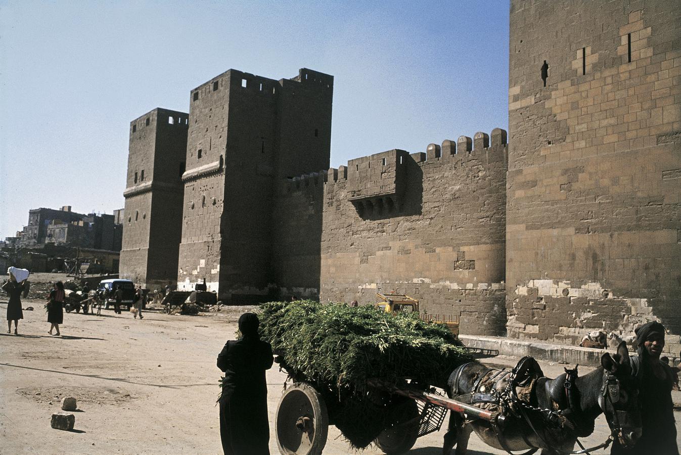 Bab-al-Nasr-byport_-Cairo_-Egypten.-HMH 1087.jpg