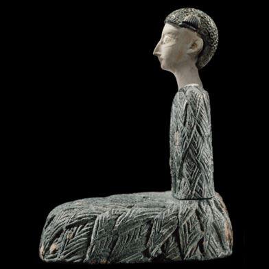 Bactrian seated woman side.JPG
