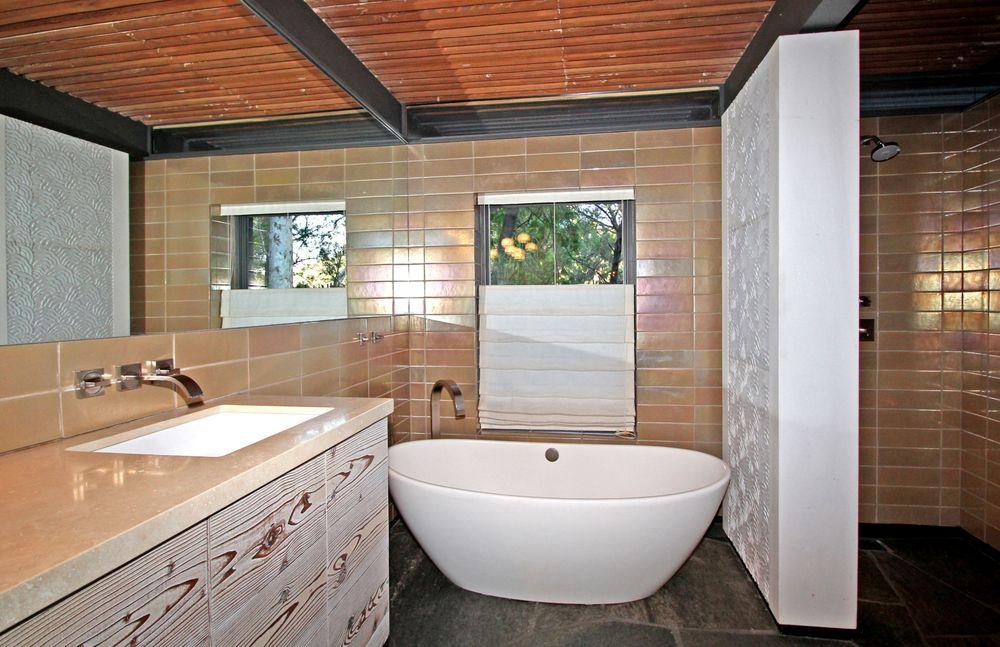 Bathroom-24.jpg