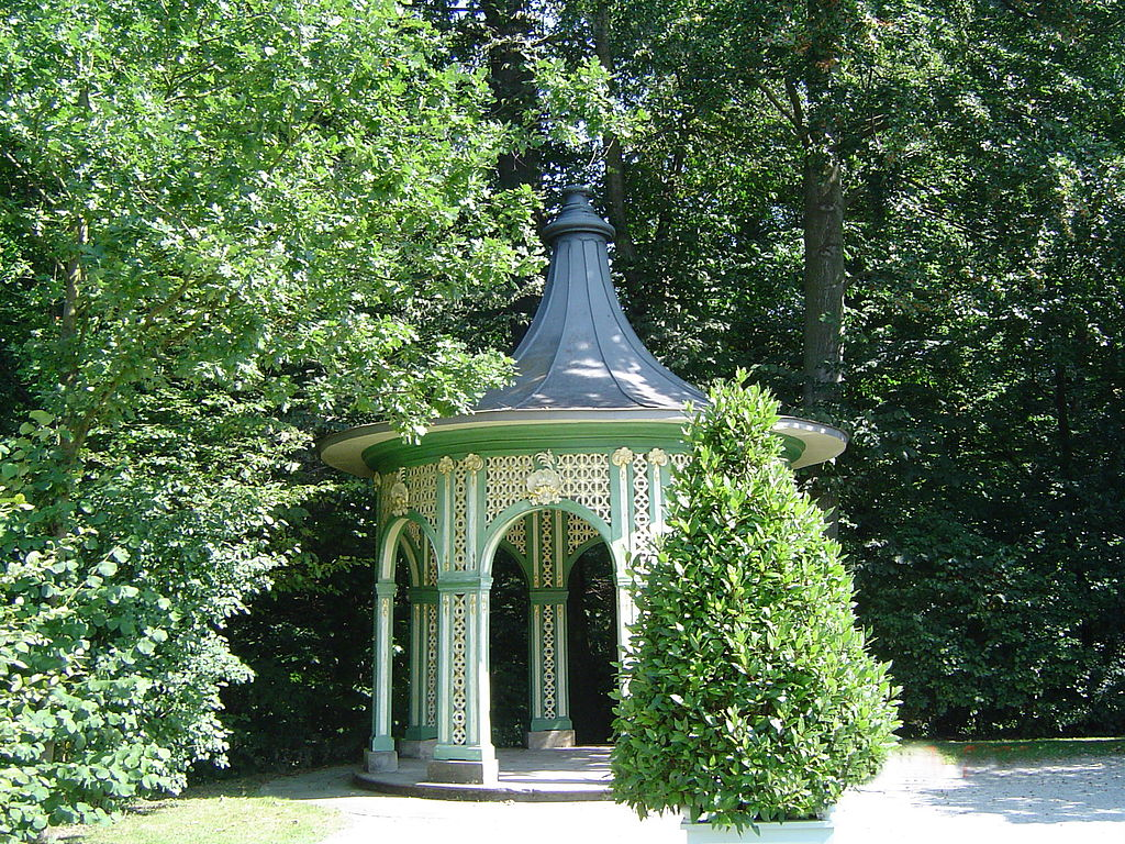 Bayreuth,_Eremitage,_Gartenpavillon.jpg