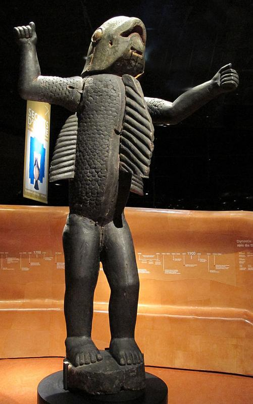 Benin,_statua_reale_meta_uomo_e_meta_squalo_di_re_behanzin,_da_abomey,_1890-92_ca..JPG