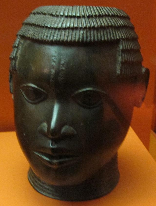 Benin,_testa_plastica,_fine_XIV-inizio_XVI_sec.JPG
