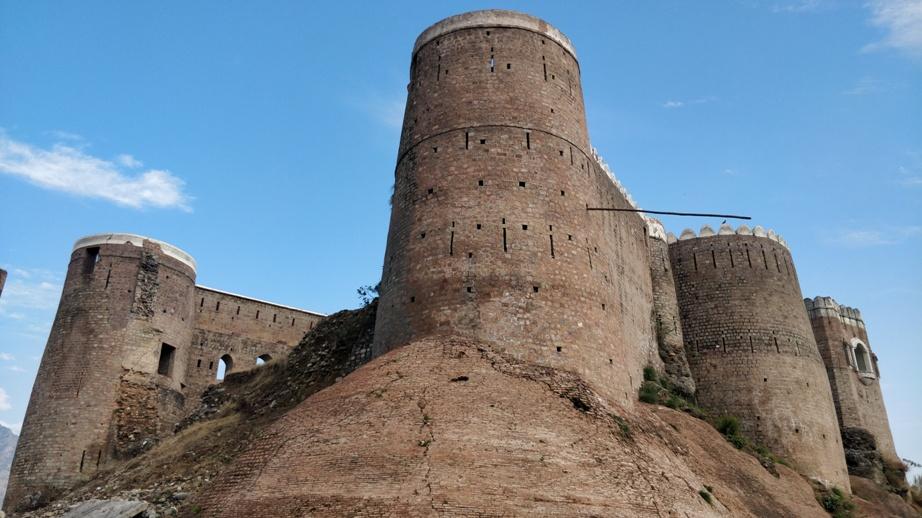 bhimgar-fort-19.jpg
