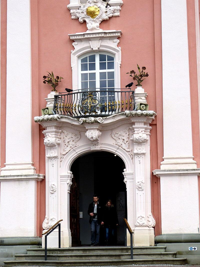Birnau_Wallfahrtskirche_-_Fassade_1_Portal.jpg