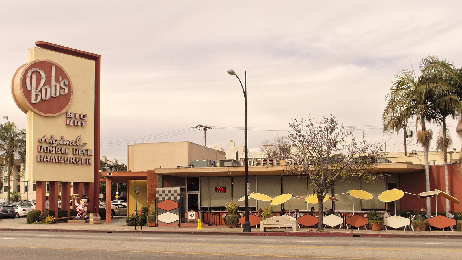 Bobs_big_boy_burbank_2014-01-21_2.jpg