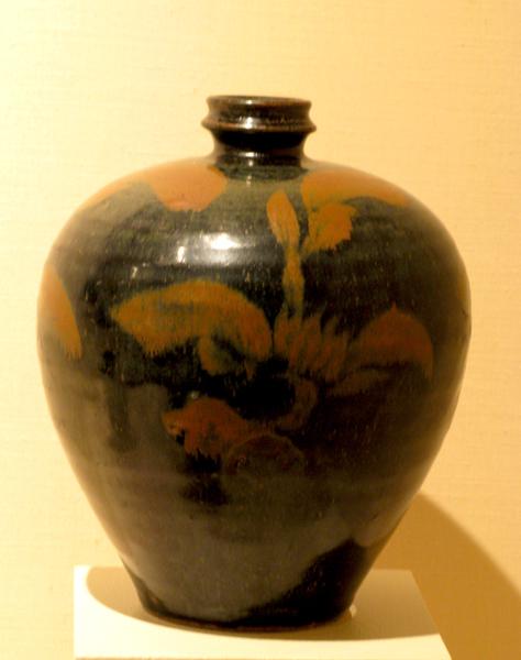 Bottle (China-Song Dynasty) (11th Century).jpg