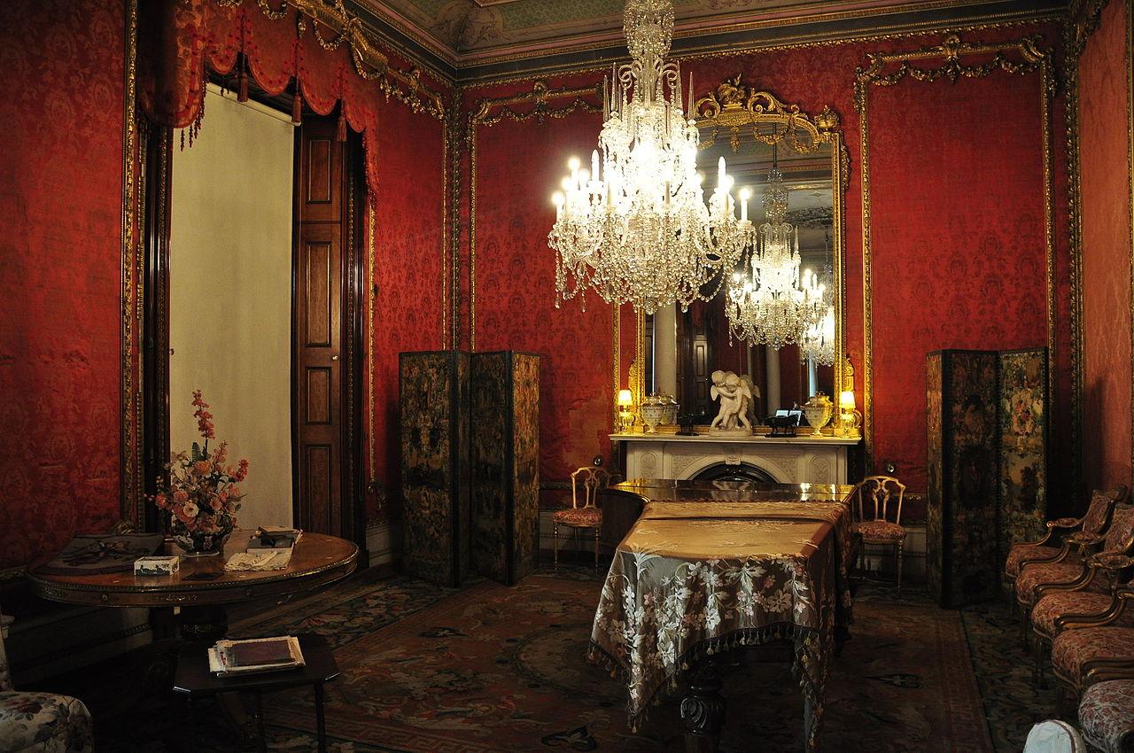Brodsworth_Hall_interior_(9255).jpg