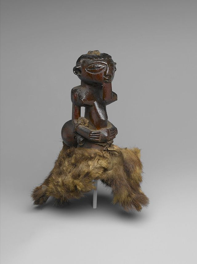 Brooklyn_Museum_1996.21_Divination_Torso_Figure_Nkishi.jpg
